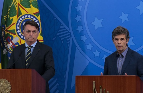 Bolsonaro apresenta novo ministro da Saúde