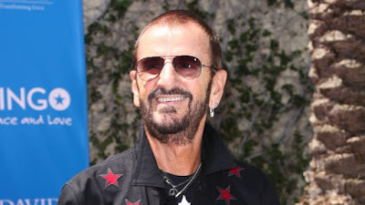 Spotlight : Ringo Starr, Bee Gees Barry Gibb To Receive Knighthood