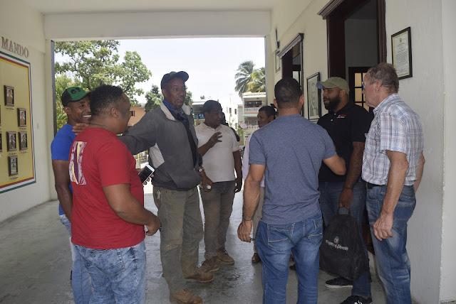 Miembros del Ejercito rescatan a nueve excursionistas, se habían extraviados en la zona del Ingeñito.