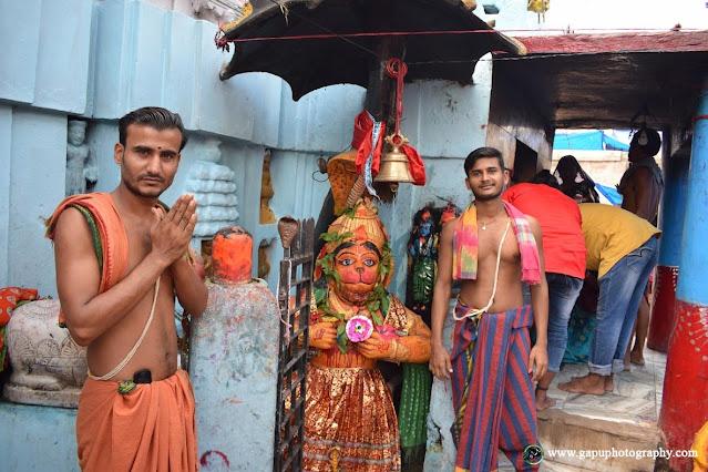 AKhandalamani Temple Inside View