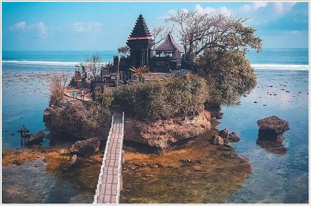 Pantai Balekambang;10 Top Destinasi Wisata Malang;