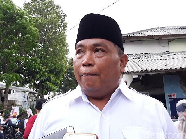 Waketum Gerindra: Jokowi Jangan Kampanye di KRL Lagi, Nanti Bisa Anjlok Lagi lho