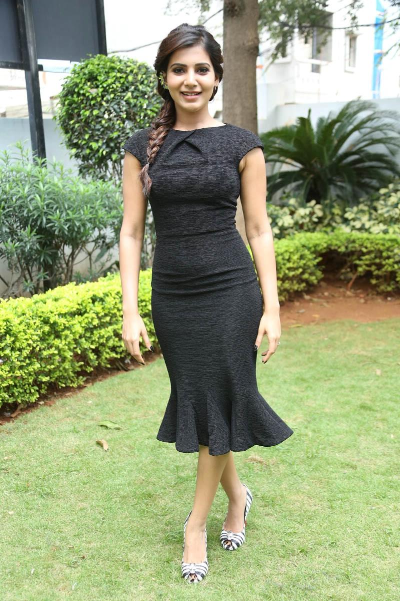 Beautiful Telugu Girl Samantha Latest Black Dress Photos
