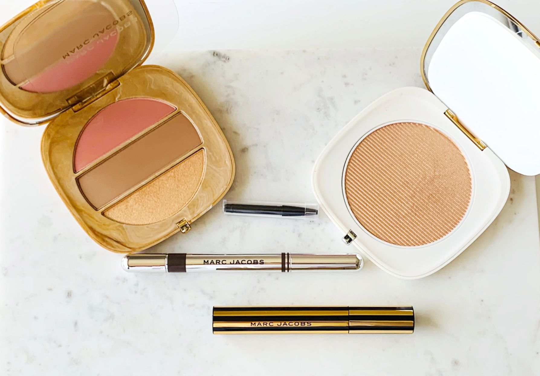 Marc Jacobs O!Mega X Three Powder Blush-Bronze-Highlight Palette Review, Marc Jacobs Brow Wow Duo Review, Marc Jacobs At Lash'd Lengthening and Curling Mascara Review