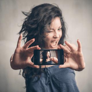 Smartphone Android Terbaik Untuk Selfie