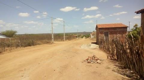 Terreno a venda no bairro Mutirão; veja
