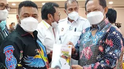 Bahas RUU Otsus Papua, Senator Filep Berharap Pemerintah Libatkan MRP/B