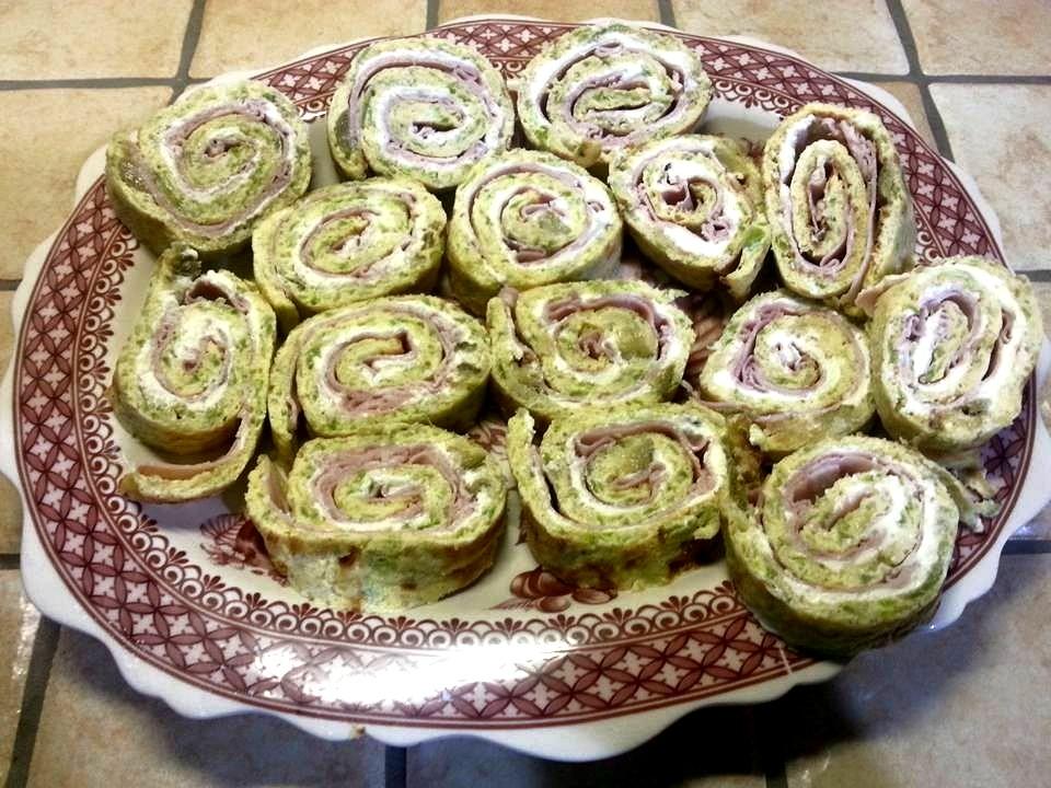 Facili idee rotolo di frittata di zucchine con prosciutto - Cosa cucinare per cena ...