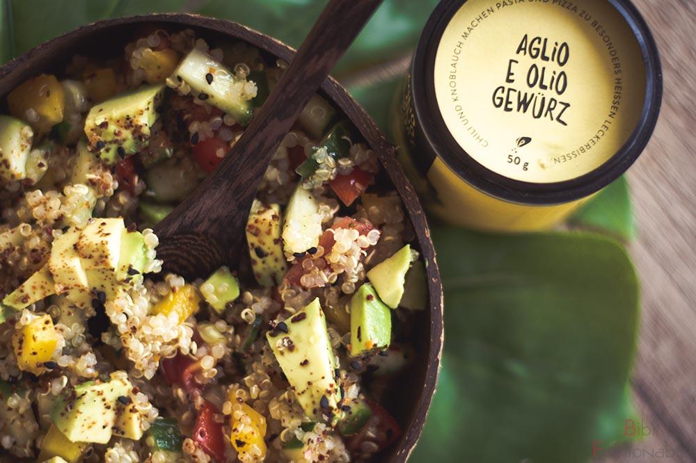 würziger-Quinoa-Salat-Flatlay