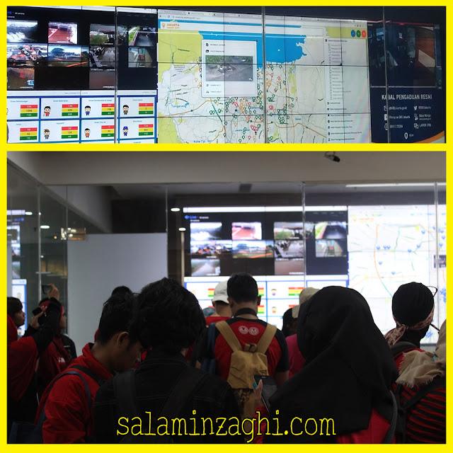 monitoring room jakarta smart city, staff ahli monitoring room jakarta smart city, aplikasi jakarta smart city, admin jakarta smart city, kantor jakarta smart city, hacker jakarta smart city