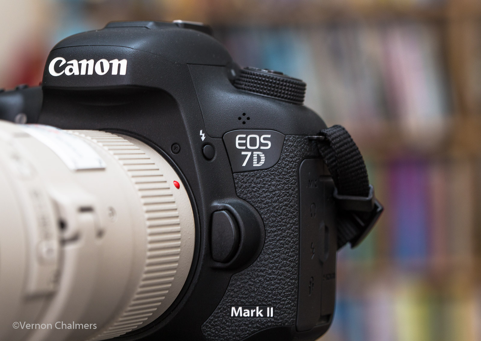 Canon Camera News 2018: Canon EOS 7D Mark II DSLR Camera