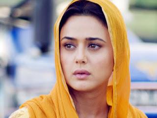 Profil Lengkap Aktris Bollywood Preity Zinta - KabarBollyWood