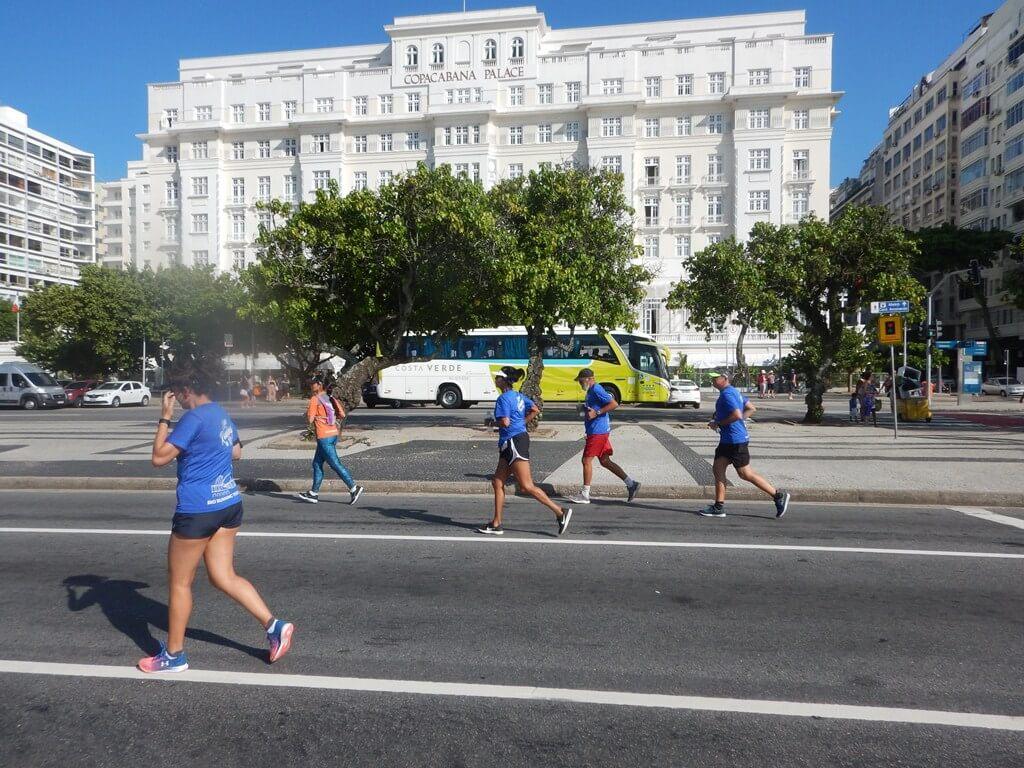 Correndo com Personalidades Cariocas