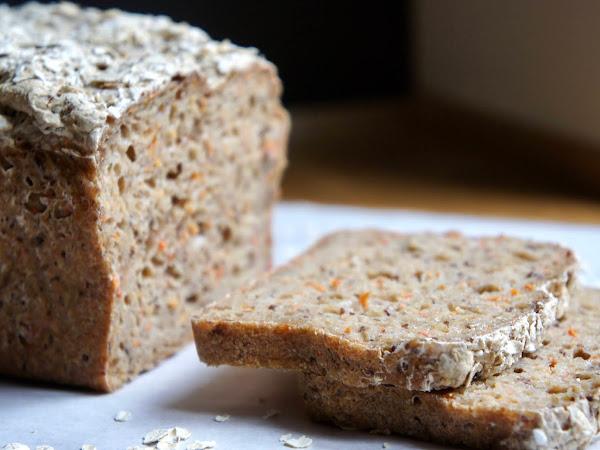 REZEPT: glutenfreies Karottenbrot