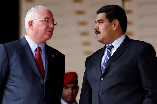 Desplazan a antiguos aliados de Chávez para consolidar el madurismo