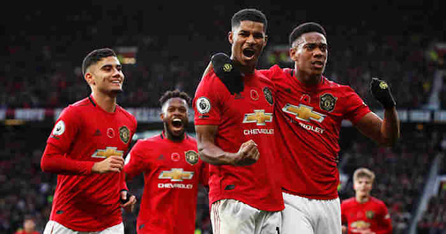Man United can start with a new front three