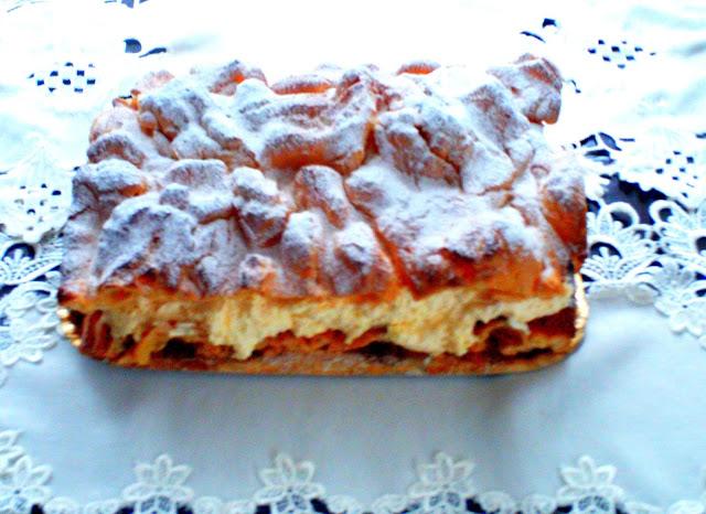 Karpatka-ciasto-parzone-z-kremem-budyniowym