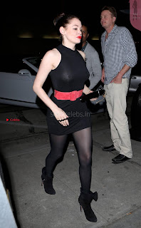 Rose-McGowan-Candids-LA-6+%7E+SexyCelebs.in+Exclusive.jpg