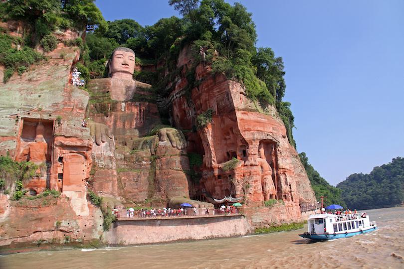 تماثيل بوذا الشهيرة