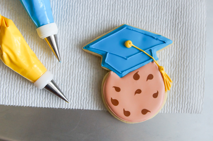 One Smart Cookie Graduation Cookies ♥ bakeat350.net