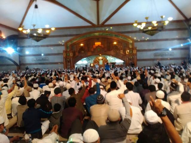 Wagub Jabar: Fungsi Masjid Harus Dikembalikan Seperti Pada Zaman Rasulullah