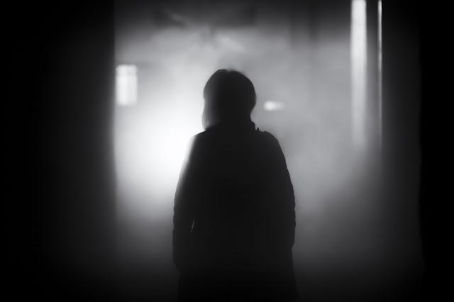 sombra-oscuridad-miedo-terror