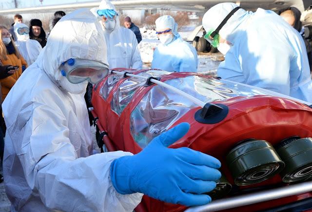 Ребёнок провёл 16 часов с телом заражённой коронавирусом матери, которая долгое время лечила зараженных коронавирусом!