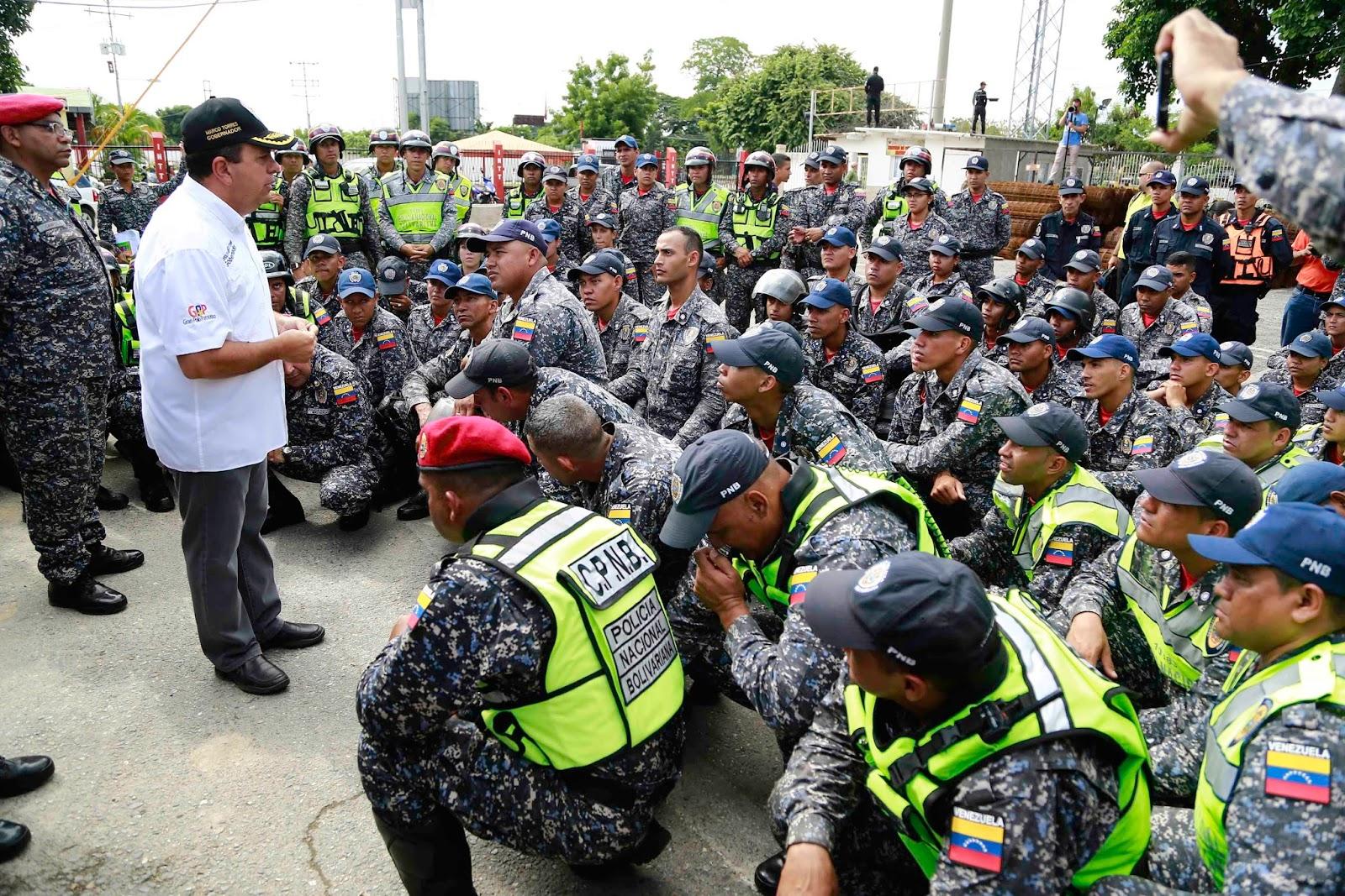 Gobernador Marco Torres fortalece la moral de los efectivos ...