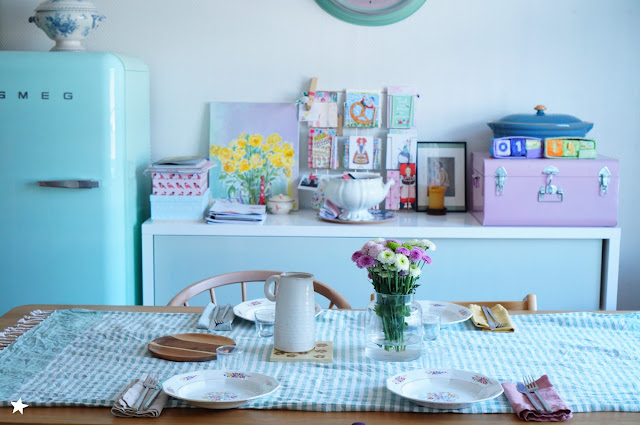 déco artdelatable vaisselleaddict smeg pastel