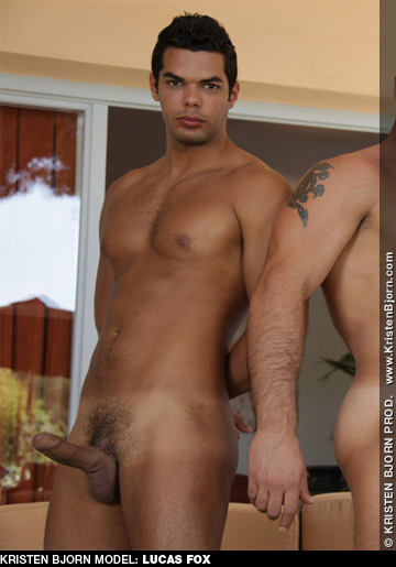 isaak gay brazilian porn