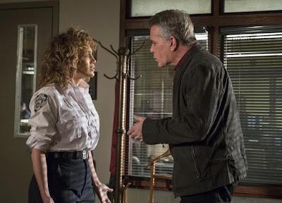 Shades Of Blue Season 3 Jennifer Lopez Ray Liotta Image 5
