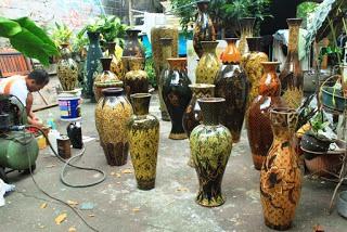 Kerajinan Keramik Dari Banyumulek, Lombok sebagai contoh dari KERAJINAN KERAMIK NUSANTARA (10 CONTOH DAN KETERANGANNYA)