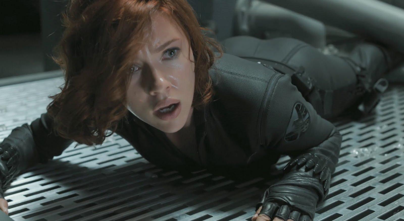 Black Widow : ブラック・ウィドウがブラック・ウィドウとタッグを組む ? ! のかもしれないスピンオフ映画「ブラック・ウィドウ」の撮影隊が、製作拠点のイギリスに舞い戻ったらしいことを、ウワサの二代目のブラック・ウィドウがほのめかしてくれた ! !