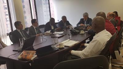 Gobernador del Chocó y el Ministro de Salud abordaron situación de anormalidad laboral en el San Francisco de Asís