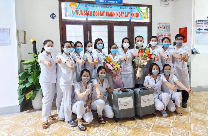 Nữ bác sĩ 2 lần hoãn cưới, xung phong vào tâm dịch COVID-19