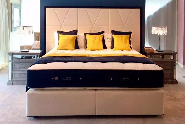 Vispring'in en lüks yatağı olan Diamond Majesty ile mükemmel bir uyku deneyimi sağlamak için doğal malzemeler eşsiz bir kombinasyonla sıralanmış.