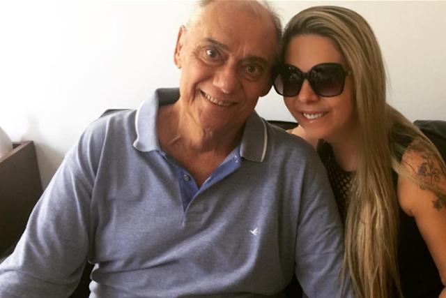 Família de Marcelo Rezende apaga fotos, troca fechaduras e 'expulsa' namorada de casa
