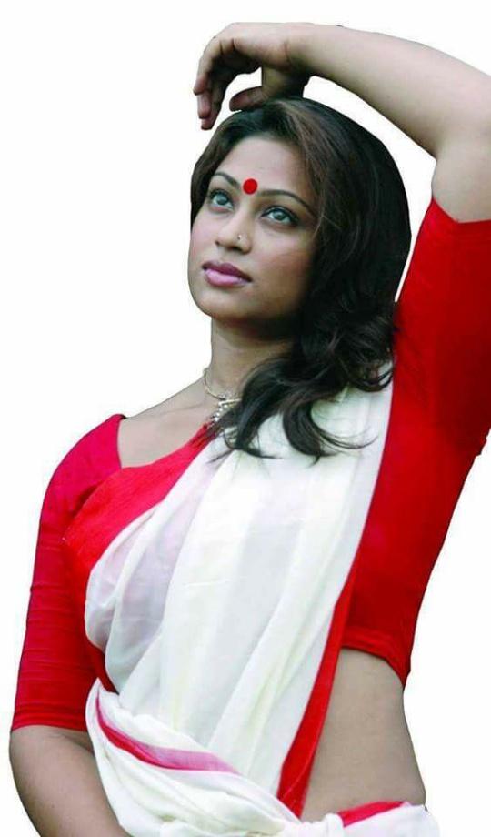 Sadika Parvin Popy Biography & Images 12