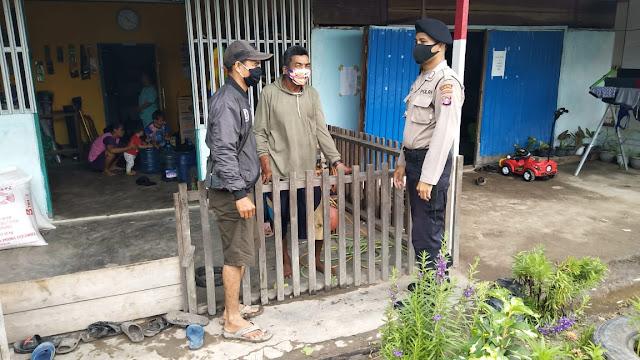 Unit Sabhara Polsek Sebangau Kuala Sambangi Warga Desa Sebangau Permai Sampaikan himbauan Cegah Karhutla