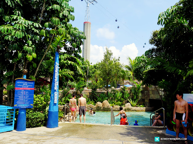 bowdywanders.com Singapore Travel Blog Philippines Photo :: Singapore :: Adventure Cove: Why You Should Try Resorts World Sentosa's Unbelievable Waterpark