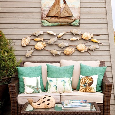 Top coastal decorated summer porches 2014 completely coastal for Summer beach house decor