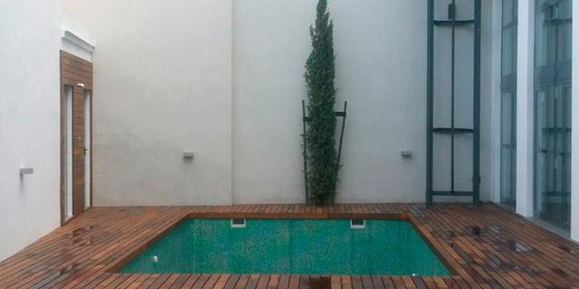 Piscina urbana en vivienda Calle Guadalquivir en Sevilla