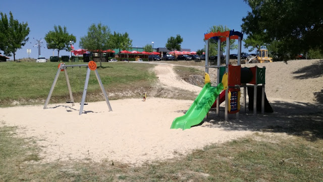 parque Infantil Praia Fluvial Fraga da Pegada