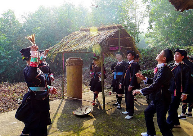 Giay ethnic people's New Year Festival in Ha Giang 4