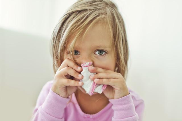 10 Tipps zur Vorbeugung bei Kinderheuschnupfen