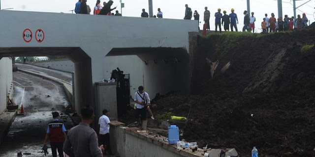 Pemerintah akui longsor jalur kereta bandara akibat kegagalan konstruksi