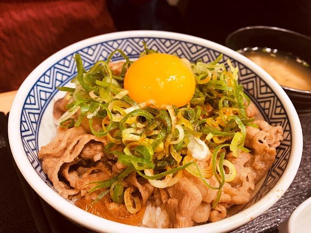 吉野家-生蛋牛丼飯