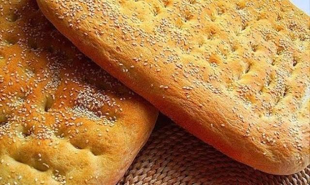 Τι συμβολίζει η λαγάνα που τρώμε την Καθαρά Δευτέρα;