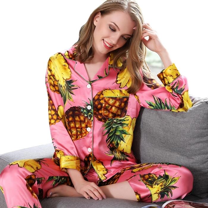 https://www.freedomsilk.com/19-momme-designer-printed-hot-pink-silk-pajama-set-p-5.html