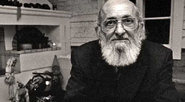 Requisitos éticos para los docentes |  por Paulo Freire